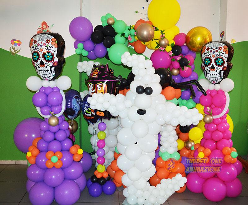 animazione per halloween con palloncini a tema
