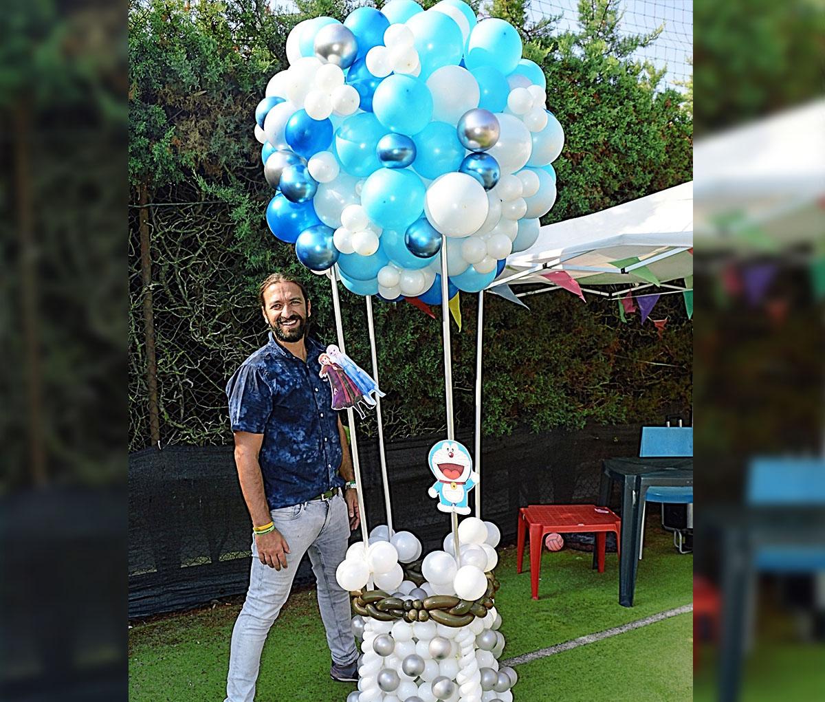 mongolfiera di palloncini per feste bambini ed eventi